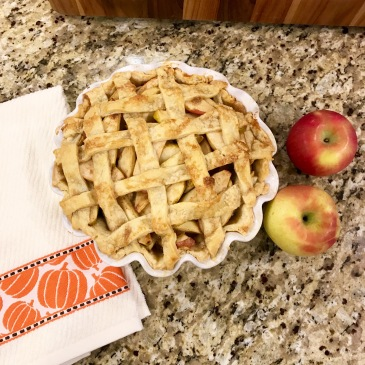 caramel apple lattice top pie