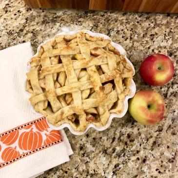 caramel apple lattice top pie