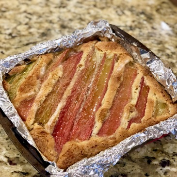 rhubarb breakfast cake