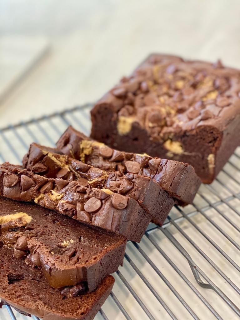 Flourless chocolate peanut butter bread